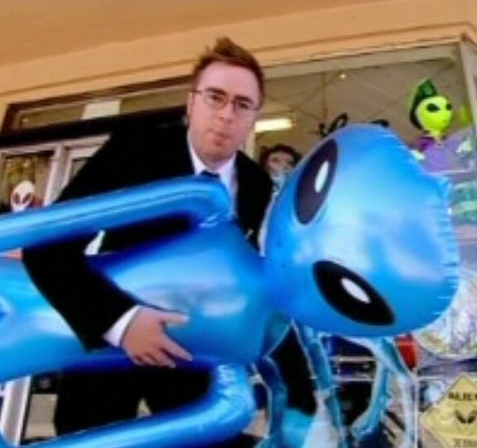 Danny Wallace buys an inflatable alien...